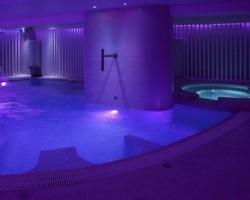 Hoteles con piscina climatizada en benidorm for Hoteles en granada con piscina climatizada